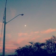 24/01/2013 - Sky and the moon