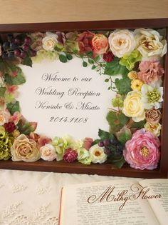 アンティークウェルカムボード* モー…の画像 | ウェディング&フラワーリースのMilkyFlower* Wedding Welcome Board, Welcome Boards, Flower Shadow Box, 3d Frames, Topiary, Felt Flowers, Picture Frames, Wedding Reception, Flora