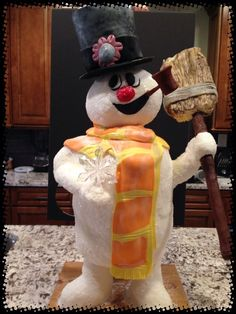 Frosty the snowman cake for christmas
