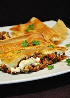 Küchenzaubereien: Börek vom Blech (mit Hackfleisch  Feta)