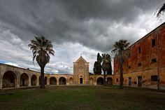In Monteruga in Apulien lebt seit den Achtzigerjahren kein Mensch mehr. Der...