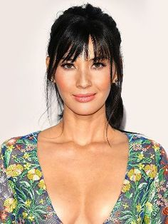 10 of the Most Memorable Olivia Munn Hairstyles
