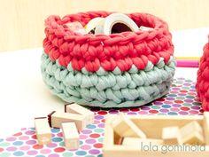 Cestos de trapillo Bonbon, Crochet Baby, Bushel Baskets, Notebooks, Trapillo