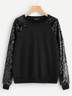 SheIn offers Contrast Sequin Raglan Sleeve Pullover & more to fit your fashionable needs. Streetwear Mode, Streetwear Fashion, Fashion Clothes, Fashion Outfits, Woman Outfits, Mode Inspiration, Casual Fall, Types Of Sleeves, Casual Outfits