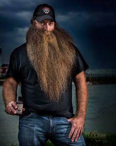 for men who love long bearded men Bald With Beard, Full Beard, Epic Beard, Beard Love, Scruffy Men, Hairy Men, Bearded Men, Long Beard Styles, Hair And Beard Styles