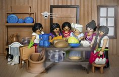 Grandma cooking and sharing stories playmobil custom