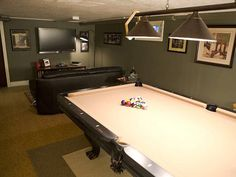 Awesome Rooms From Man Caves : Home Improvement : DIY Network Basement... but it needs a couple deer heads....