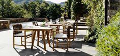 Outdoor dining set in teak wood by tribu