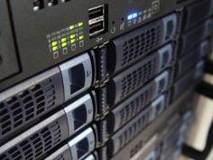 Minister Kamp geeft aftrap voor bouw Google-datacenter in Eemshaven
