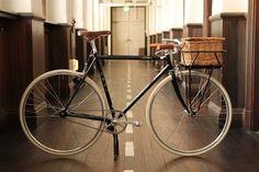 "Fuji Feather Porteur build for Fujism. This build won the media award for ""Pedal Speed"" and ""Bicycle Style Magazine"". Urban Cycling, Urban Bike, Velo Vintage, Vintage Bicycles, Speed Bike, Touring Bike, Bike Rack, Bike Parts, Bike Design"