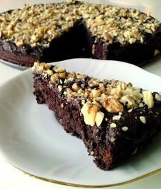 WEGANIZM UDOMOWIONY: Mocno czekoladowe brownie z fasoli Raw Vegan Desserts, Vegan Sweets, Vegan Recipes, Healthy Baking, Cookie Recipes, Low Carb, Cookies, Food, Diet