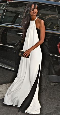Effortless glamour: Loose and breezy maxi dress. #FabStreetStyle