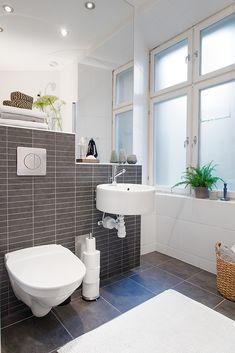 #interior #decor #styling #scandinavian #bathroom #white #grey #plants