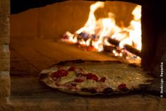 Sinhá Pizzaria por Rodrigo Peçanha  http://www.rodrigopecanha.com.br