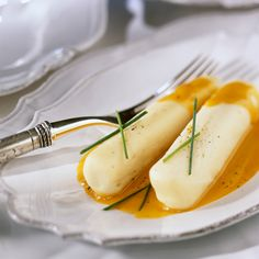 Découvrez la recette quenelles de volaille, sauce nantua sur cuisineactuelle.fr.