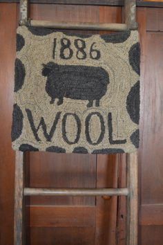 Fun idea for display Rug Inspiration, Hand Hooked Rugs, Types Of Rugs, Sheepskin Rug, Penny Rugs, Wool Applique, Small Rugs, Grey Rugs, Rug Hooking