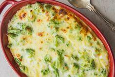 Broccoli Cheese Bake Cheesy Broccoli Recipe, Easy Broccoli Casserole, Broccoli Dishes, Broccoli Cheese Casserole, Broccoli Bake, Broccoli And Cheese, Vegetable Side Dishes, Broccoli Recipes, Casserole Recipes