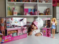 #barbie #isabellove #canalyoutube  #juguetesonline #pequeñosenaccion Barbie, Toddler Bed, Furniture, Home Decor, Toys, Child Bed, Interior Design, Home Interior Design, Barbie Dolls