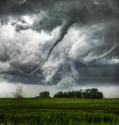 northedelweiss:Loreburn, Saskatchewan, Canada Tornado Photo by Robert Edmonds via adog Tumblr