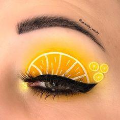 Makeup Eye Looks, Eye Makeup Art, Makeup Inspo, Eyeshadow Makeup, Creative Eye Makeup, Unique Makeup, Make Up Looks, Yellow Makeup, Rave Makeup