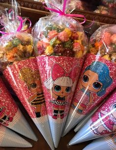 The centerpiece at this LOL Surprise Dolls birthday party i 7th Birthday Party Ideas, Surprise Birthday, 8th Birthday, Birthday Popcorn, Surprise Cake, Birthday Party Centerpieces, Barbie Party, Doll Party, Lol Doll Cake