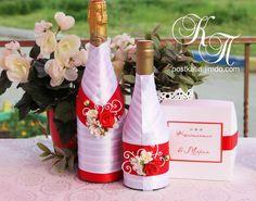 🍷Свадебные бутылочки выполнены на заказ.🍷 🍷Стоимость 1100 руб. за шт.🍷 🍷Выполним в любом цветовом решении, в соответствии со стилистикой вашей СВАДЬБЫ!!!🍷 🍷Заказ в Директ или Viber: +7 908 875 03 23🍷 🍷Тюмень. Доставка по всей России🍷  #postkatia#свадебныебутылки#свадьбатюмень#свадебныеаксессуары#свадебныенаборы#аксессуарыксвадьбе#свадебныеаксессуарытюмень#экслюзивныесвадебныеаксессуары#свадебныеаксессуарыкупитьтюмень#свадебнаяатрибутика#свадебныйнабор#свадебноешампанское