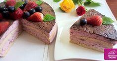 Paleo cukkinis-chia krémes eper torta (szénhidrátszegény, gluténmentes, tejmentes cukormentes, szójamentes)