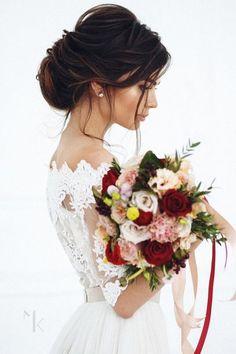 Fryzury ślubne dla wysokich kobiet 9