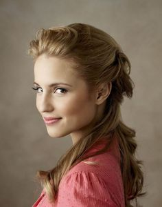 Find images and videos about girls, glee and dianna agron on We Heart It - the app to get lost in what you love. Dianna Agron, Natural Everyday Makeup, Natural Makeup Looks, Beautiful Celebrities, Beautiful People, Beautiful Women, Female Character Inspiration, Portraits, Belleza Natural