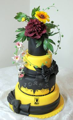 Cake of Dreams - Cake by RoyalSugarArt Lemon Wedding Cakes, Tall Wedding Cakes, Amazing Wedding Cakes, Amazing Cakes, Gorgeous Cakes, Pretty Cakes, Cupcakes, Cupcake Cakes, 16 Birthday Cake