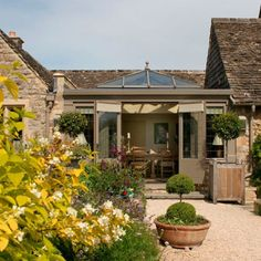 Hardwood orangery | Country conservatory ideas | Conservatory | PHOTO GALLERY | Country Homes and Interiors | Housetohome.co.uk