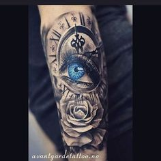 The best work of the resident artist .- Die Besten Arbeit des ansässigen Künstlers The best work by resident artist … - Time Tattoos, Body Art Tattoos, New Tattoos, Tattoos For Guys, Tattoos For Women, Female Hand Tattoos, Best Sleeve Tattoos, Tattoo Sleeve Designs, Pocket Watch Tattoos