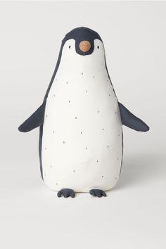 Big eye Critter-Penny Penguin