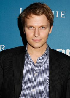 Ronan Farrow May Be Sinatra's Son, But That's The Least Cool Thing About Him #Refinery29