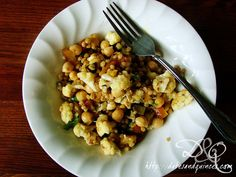 Early autumn dinners: Wheat berries and roasted cauliflower.