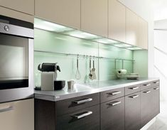 Colored walls in the kitchen - The 7 best wall-planning tips modern kitchen wall color ideas amazing modern kitchen paint colors ideas kitchen most popular modern kitchen wall ZBBISZB Ikea Kitchen Wall Cabinets, Ikea New Kitchen, Modern Kitchen Paint, Kitchen Wall Units, Modern Country Kitchens, Kitchen Cabinet Handles, Kitchen Paint Colors, Kitchen Doors, Kitchen Ideas
