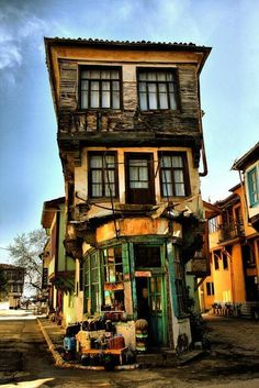 Apparently, this is in Turkey. I would suggest it relocate to somewhere near Hogwarts instead as it looks like only magic is keeping it up. :)) Very picturesque tho, and cements my desire to visit Turkey.