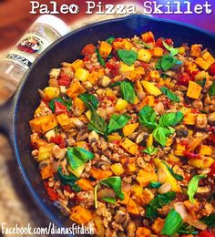 Paleo Pizza Skillet using Flavor God's Pizza seasoning! Turkey, sweet potatoes, tomatoes, peppers, basil....21 Day Fix Approved, Meal Prep for the whole week
