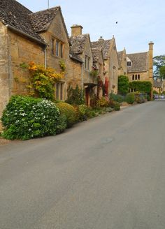 """fuckitandmovetobritain: """" Cotswolds [4] - Chipping Campden, Snowshill, Oxford, Winchcombe, Stanton, Chipping Campden, Bibury, Snowshill, Chipping Campden, Stanton """""""
