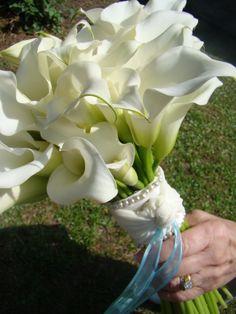 Mini white calla bouquet...by BranchesDesigns.com
