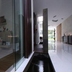 R-House-by-Budi-Pradono-3.jpg (468×468)