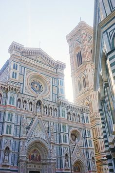Florence Italy - Whether you love art or prefer food, find out the best things to do in Florence, Italy in this ulti - Places Around The World, Oh The Places You'll Go, Places To Travel, Around The Worlds, Places To Visit, Travel Destinations, Bósnia E Herzegovina, Belle Villa, Florence Italy