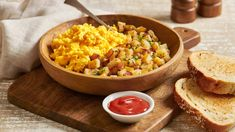 Bite into our delicious Tender and Fluffy Scrambled Eggs made with Hellmann's® Real Mayonnaise and best paired with Hellmann's® REAL Ketchup. Mashed Cauliflower, Cauliflower Recipes, Cauliflower Tacos, Fluffy Scrambled Eggs, Turkey Burger Recipes, Grilled Cheese Recipes, Dip Recipes, Quick Recipes, Grilling