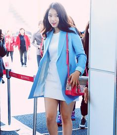 Park shin hye wearing bright  blue long blazer