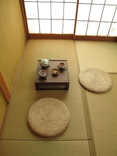 Japanese tatami room 畳. I can still smell the tatami. Japan Interior, Japanese Interior Design, Japanese Design, Japanese Style, Room Interior, Japanese Tea House, Traditional Japanese House, Japanese Tea Table, Tatami Room