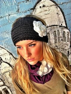 LOVE these knitted headbands right now!