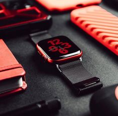Apple Watch Accessories, Iphone Accessories, Apple Watch Series, Apple Watch Bands, Latest Smartwatch, Apple Watch Fashion, Backpack Essentials, Apple Watch Nike, Apple Brand