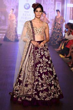 Buy Designer Indian Saree, Bollywood Collection of Anarkali Salwar Suits, Designer Gowns Indian Bridal Week, Indian Bridal Lehenga, Red Lehenga, Lehenga Choli, Bridal Sarees, Sabyasachi, Sharara, Indian Wedding Fashion, Indian Fashion