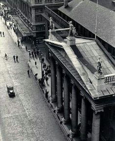 Overhead view from Pillar of GPO, Dublin.
