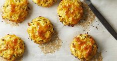 Cauliflower Cheddar Bay Biscuits Gluten Free Recipes, Keto Recipes, Snack Recipes, Cooking Recipes, Healthy Recipes, Snacks, Cheddar Bay Biscuits, Low Carb Bread, World Recipes